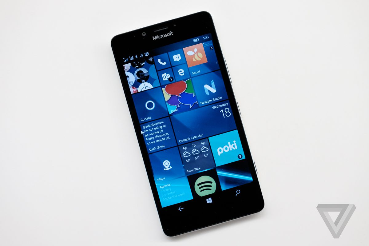 Windows 10 Mobile launches for existing handsets