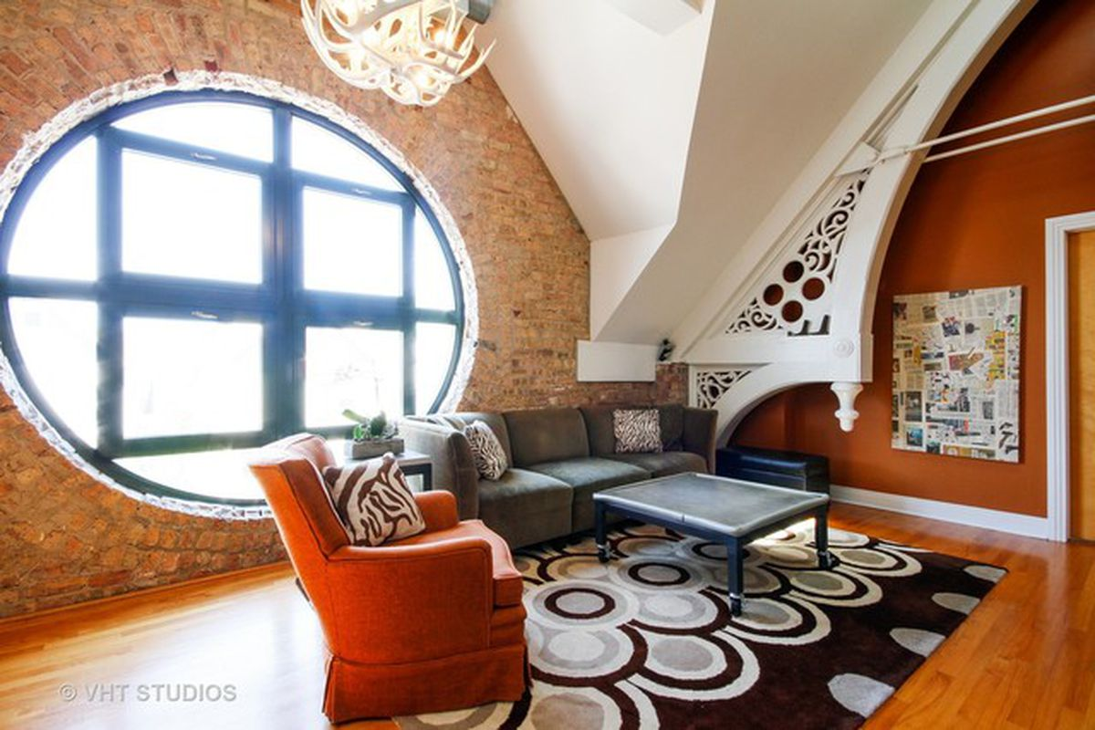 Two Bedroom Condo In Converted 19th Century Lakeview Church Lists For 519k Curbed Chicago