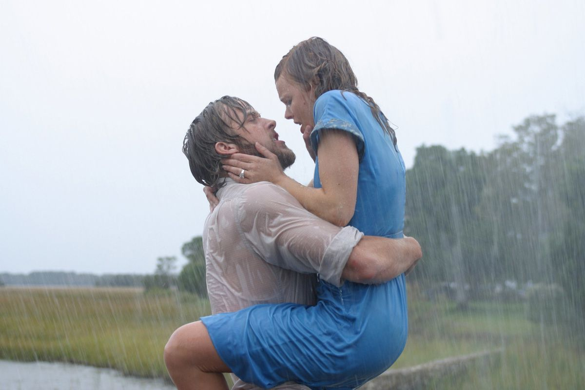 The Notebook - Noah and Allie embracing in the rain
