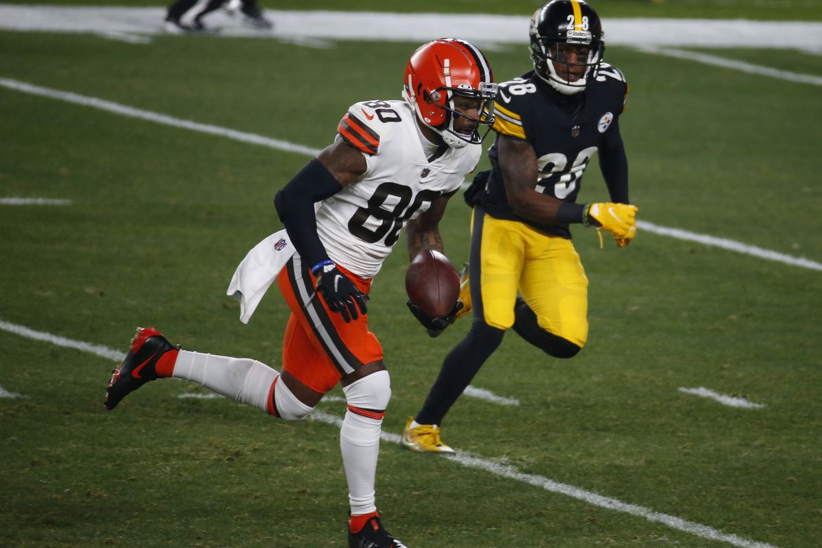 Jarvis Landry #80 of the Cleveland Browns in action against the Pittsburgh Steelers on January 11, 2021 at Heinz Field in Pittsburgh, Pennsylvania.
