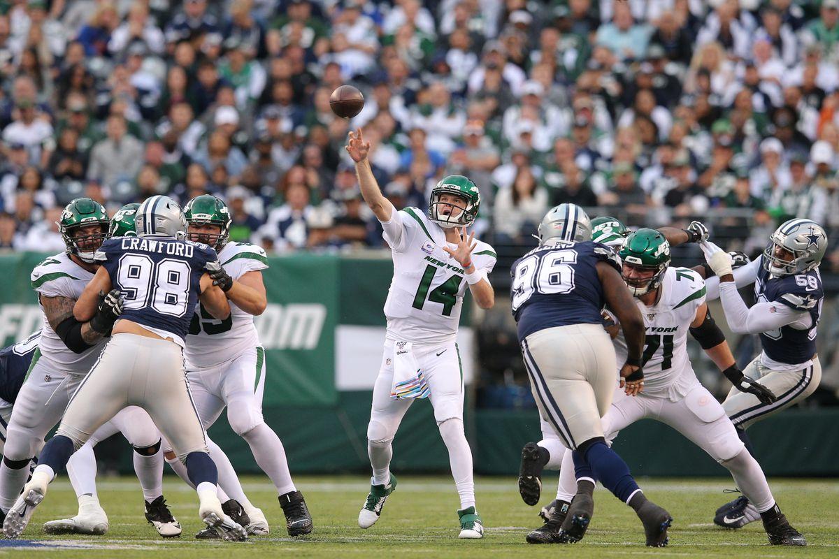 NFL: Dallas Cowboys at New York Jets