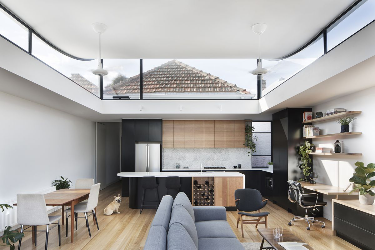 Home Renovation Adds A Curving Roof To Let In Light Curbed