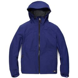 "<strong>Jack Spade</strong> Bingham Shell Jacket in Blue, <a href=""https://www.jackspade.com/bingham-shell-jacket/P2RU1104.html?dwvar_P2RU1104_color=408"">$598</a>"