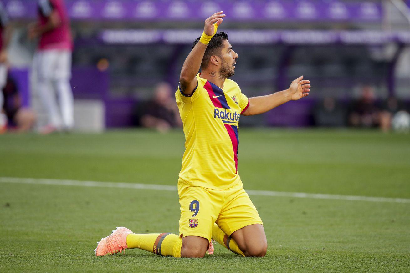 Luis Suarez accused of cheating on his Italian test