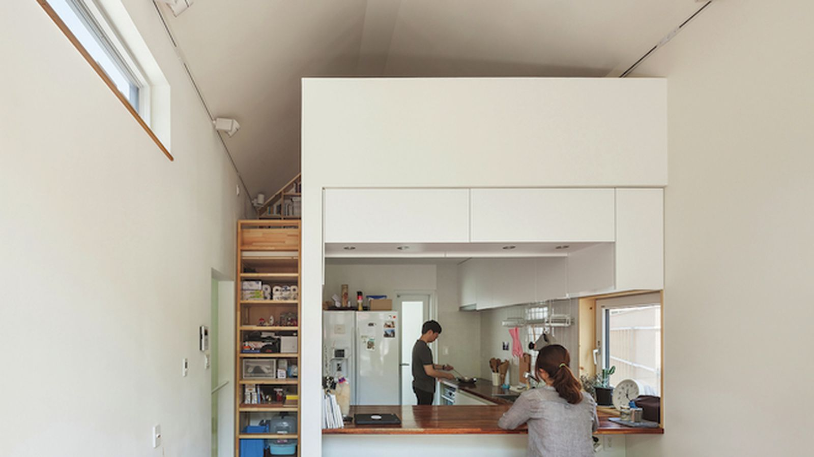 Inside A Practical Starter Home That 39 S Just 540 Square