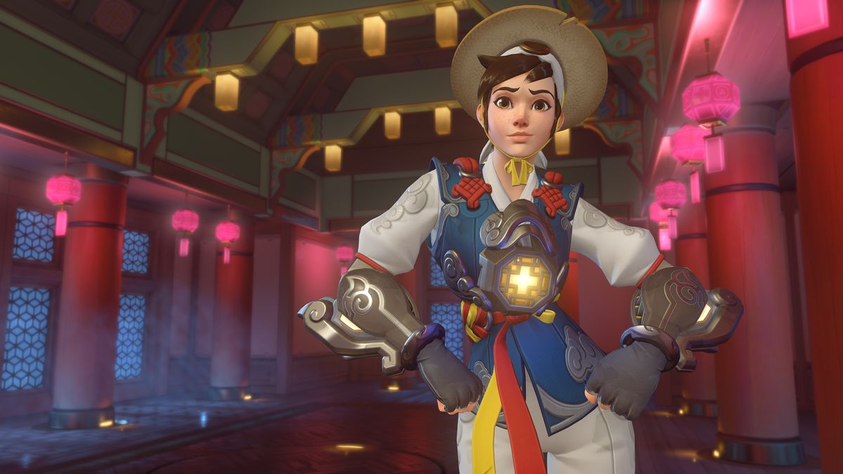 Tracer poses in her Hong Gildong skin for Overwatch's Lunar New Yr 2019 match.