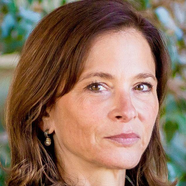A headshot of NYC mayoral candidate Sara Tirschwell.