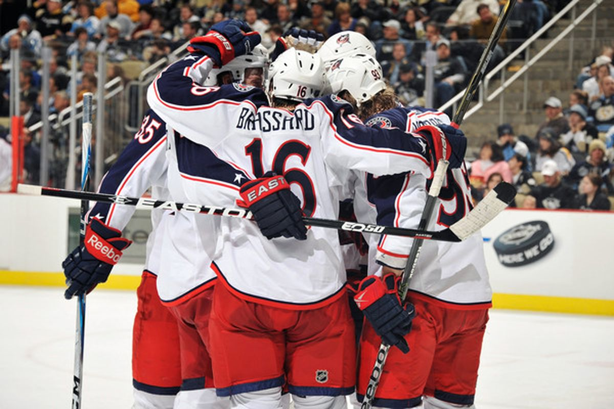 PITTSBURGH PA - FEBRUARY 8:  The Columbus Blue Jackets celebrate their third goal against the Pittsburgh Penguins in the second period on February 8 2011 at CONSOL Energy Center in Pittsburgh Pennsylvania.  (Photo by Jamie Sabau/Getty Images)