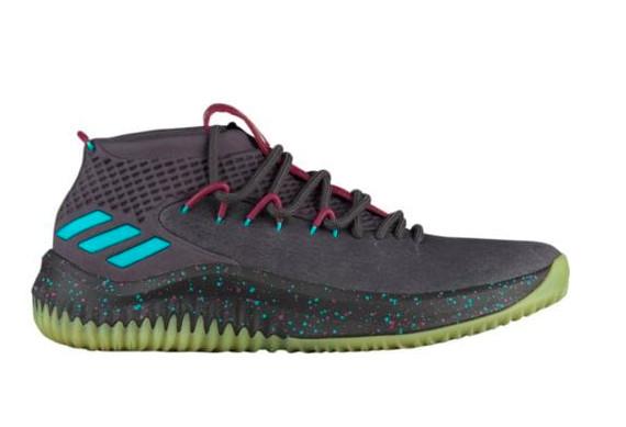 Damian Lillard S Latest Shoe Can Actually Glow In The Dark Sbnation Com