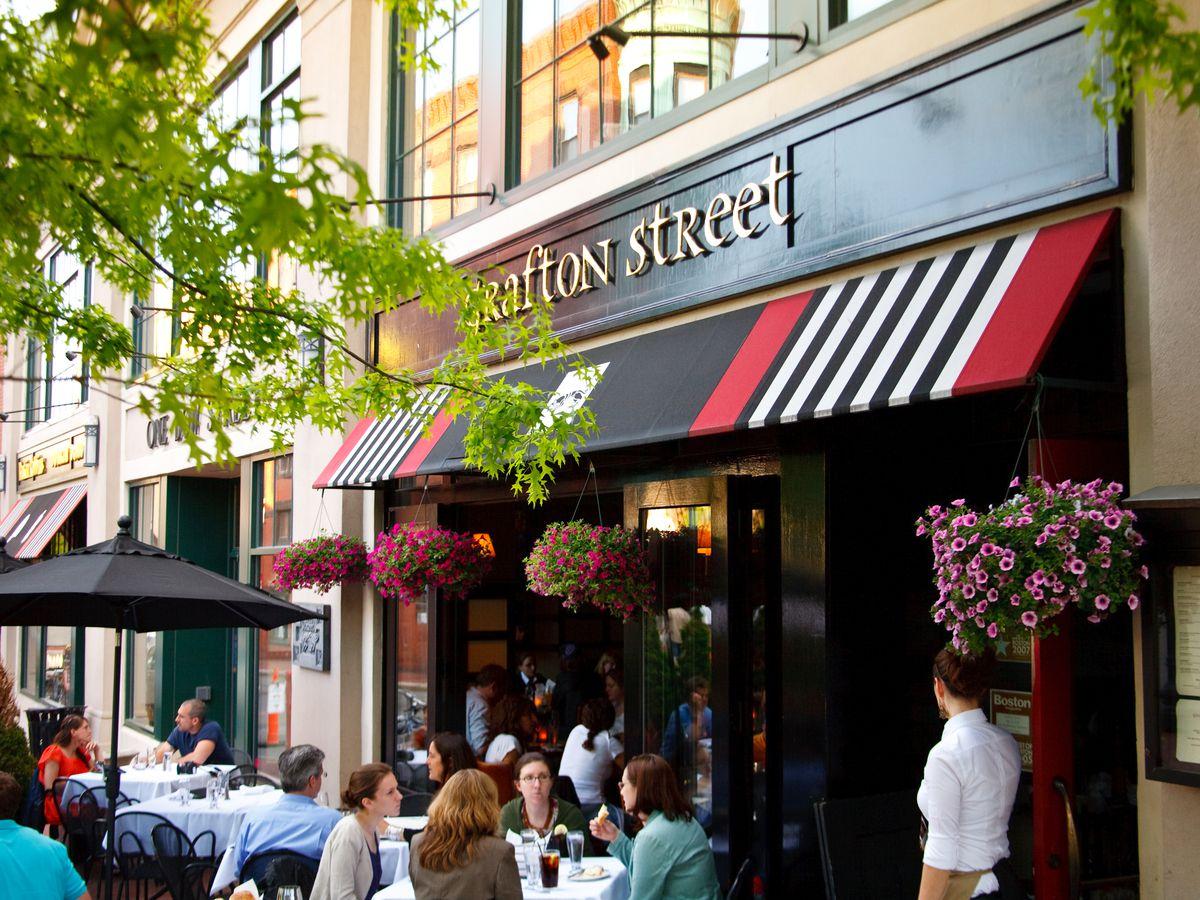 Grafton Street patio