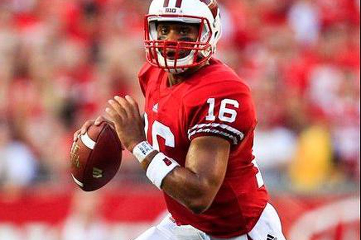 Russell Wilson leads a very powerful Wisconsin offense that will challenge the Oregon St. defense Saturday morning.  (AP Photo by Andy Manis)