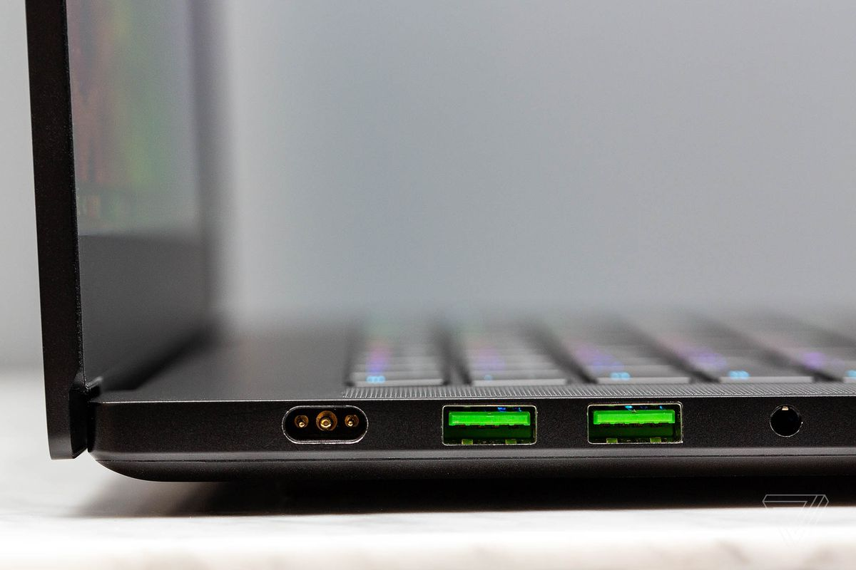 Razer Blade 15 Review Hot Under Pressure The Verge Use A Laptop As Wireless Router Razers Unibody Design Evokes Apples Macbook Pro And It Makes For Premium Feeling Computer That Justifies Its High Cost However With Latest