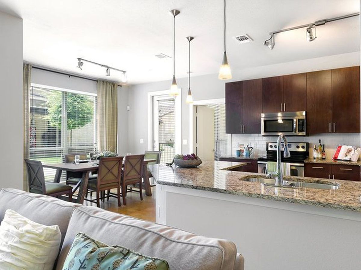 Austin rent comparison: What you get for $950/month - Curbed Austin