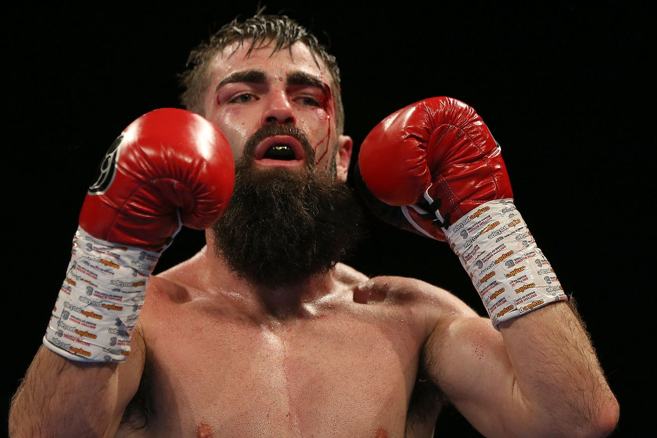 1070050842.jpg.0 - Carroll says he's destined to win a world title