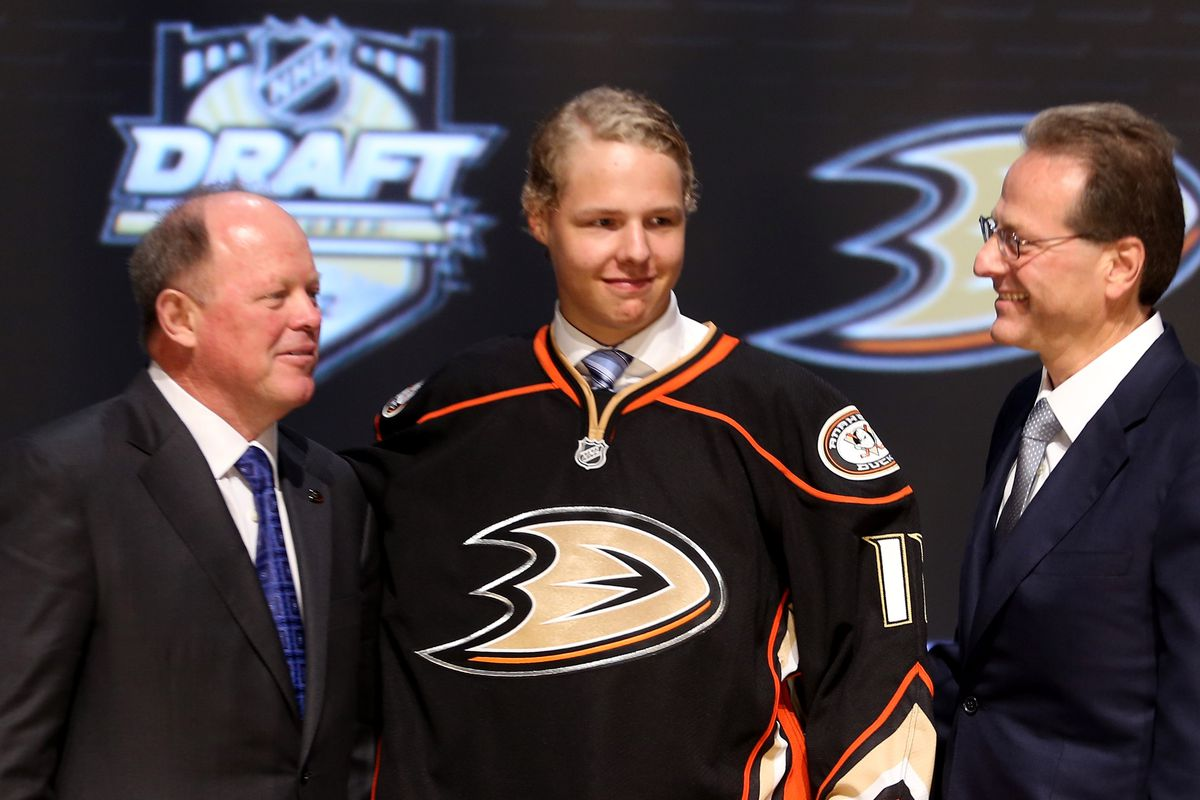 Hampus Lindholm (selected sixth overall in 2012) is the perfect representative of the kind of defender Murray has drafted.