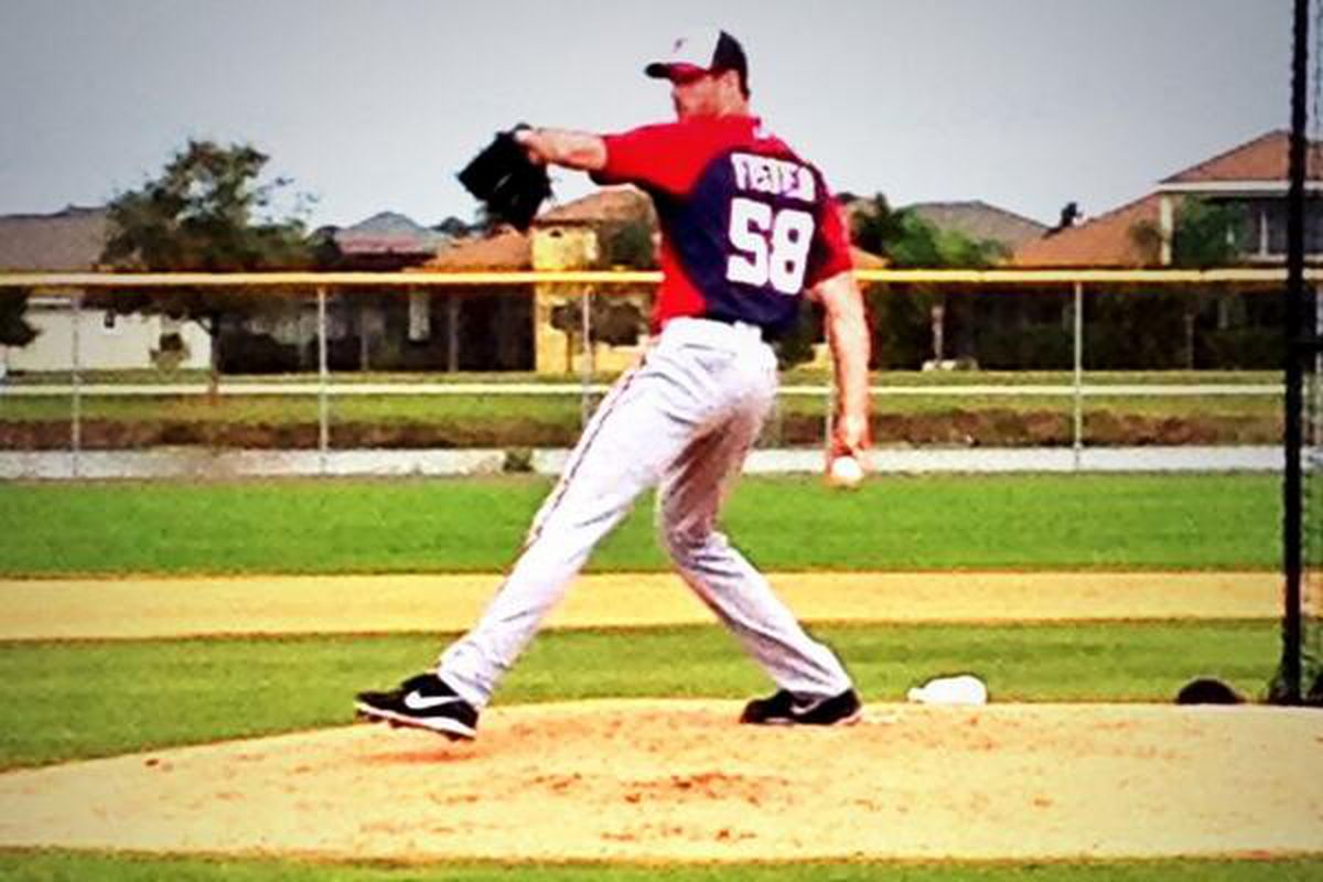 New Washington Nationals' starter Doug Fister threw his first live BP session with the Nats today in Florida.