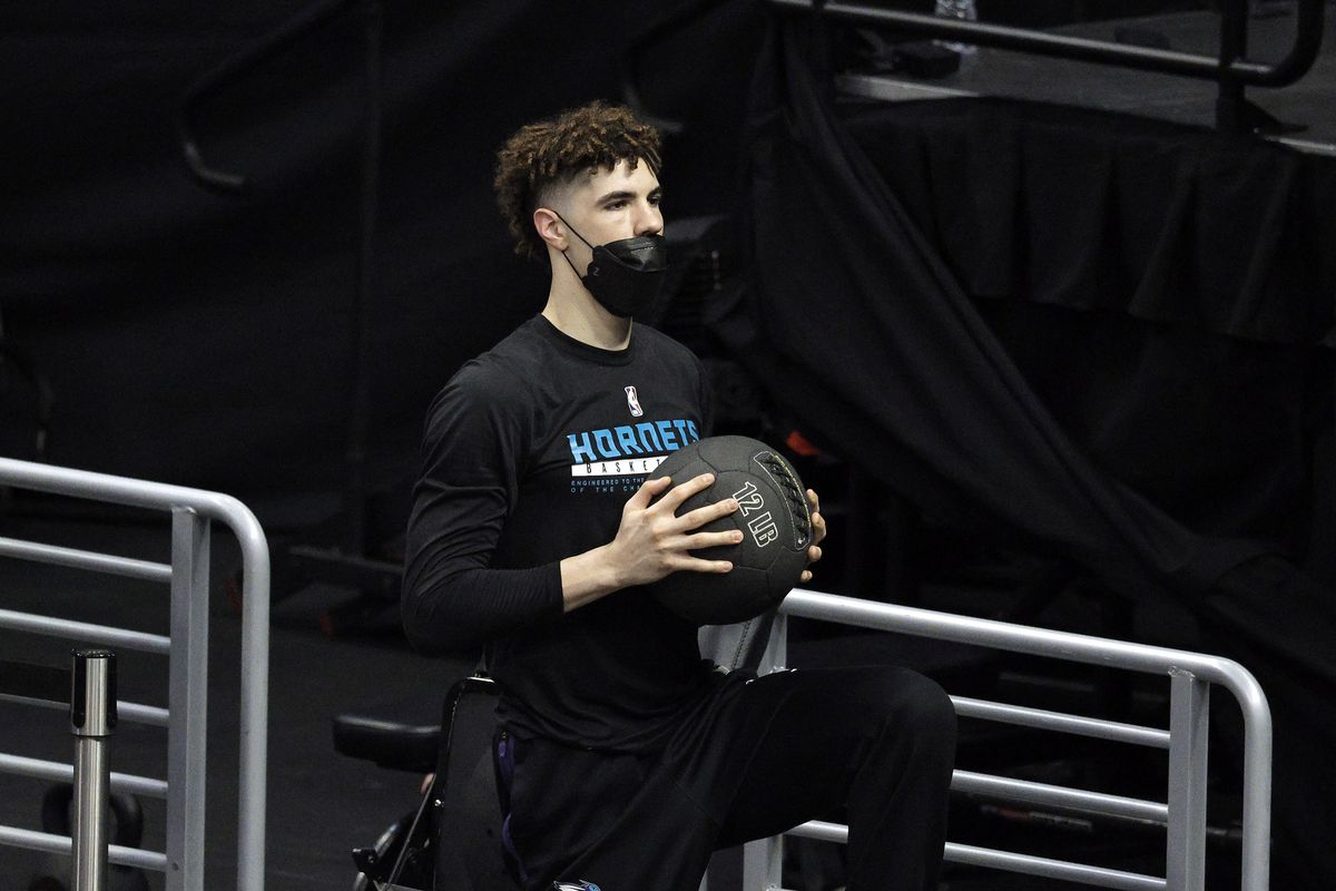 LaMelo Ball of the Charlotte Hornets warms up prior to a game against the LA Clippers at Staples Center on March 20, 2021 in Los Angeles, California.