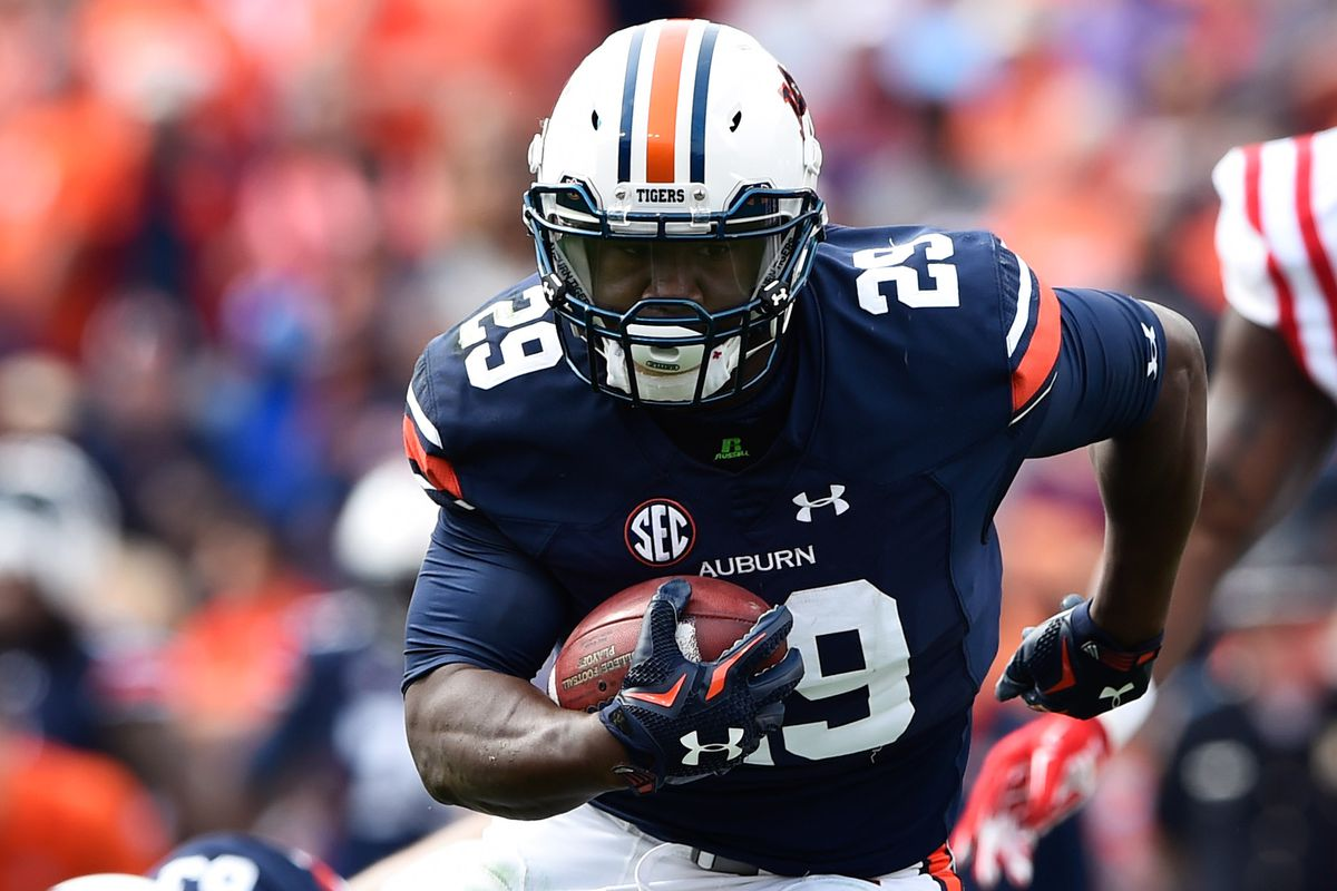 I don't have a picture of him, so here's a picture of the last #1 JUCO RB to commit to Auburn!