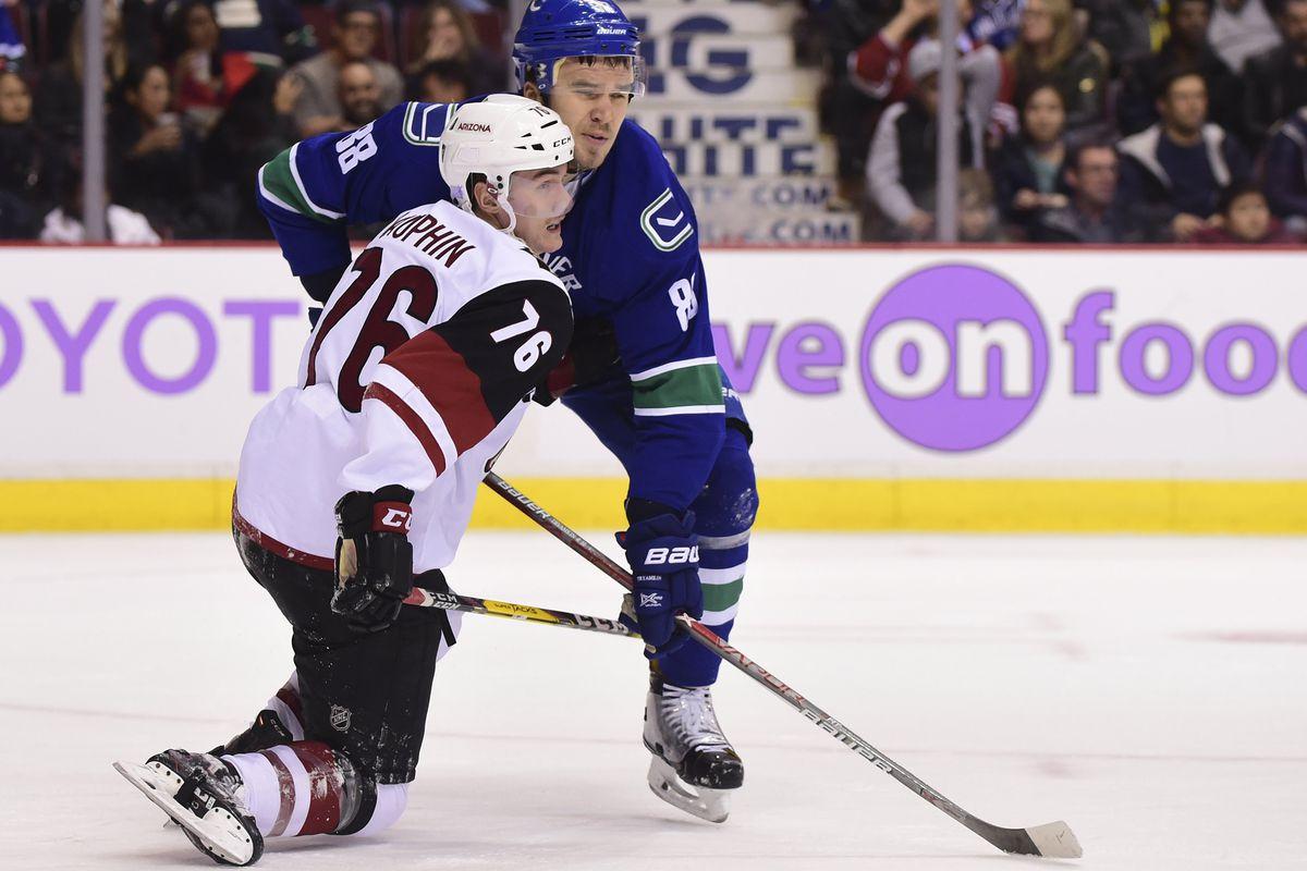 NHL: Arizona Coyotes at Vancouver Canucks