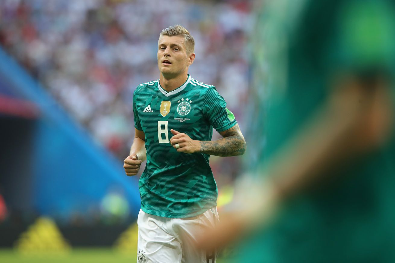 Kroos and Germany fall to Netherlands 3-0