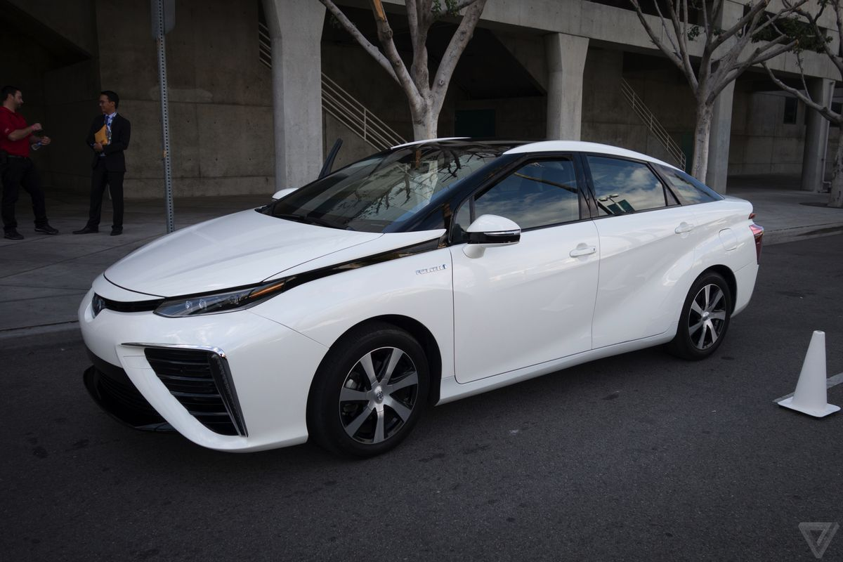 Toyota opens its fuel cell patents in bid to make hydrogen