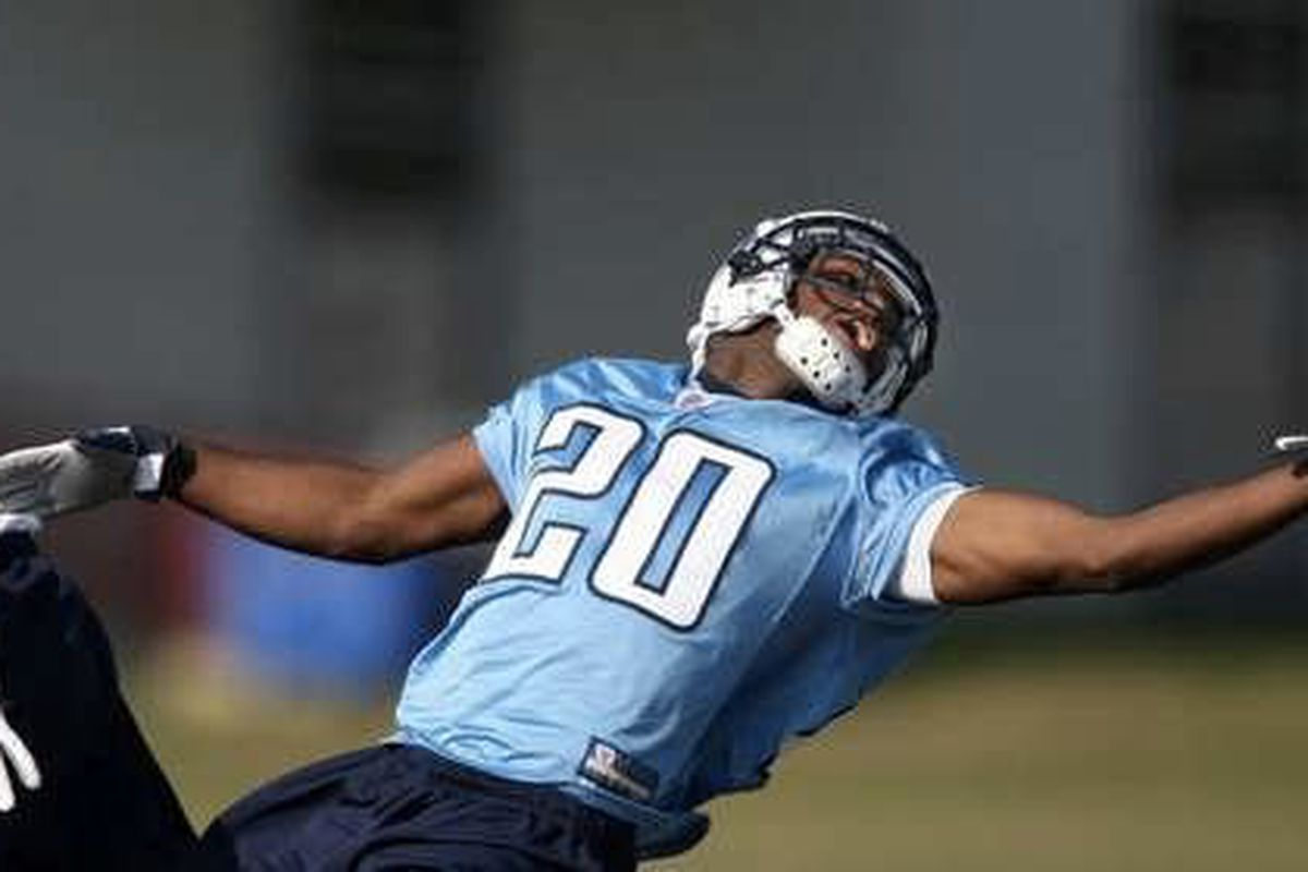 (TitansOnline.com/Donn Jones) Alterraun Verner goes out to defend a ball during Tennessee Titans rookie practices on April 30, 2010.