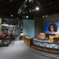 Watching Oprah: The Oprah Winfrey Show and American Culture   Photos by Walter Larrimore, courtesy of the Smithsonian ORG XMIT: Job 2018-8111