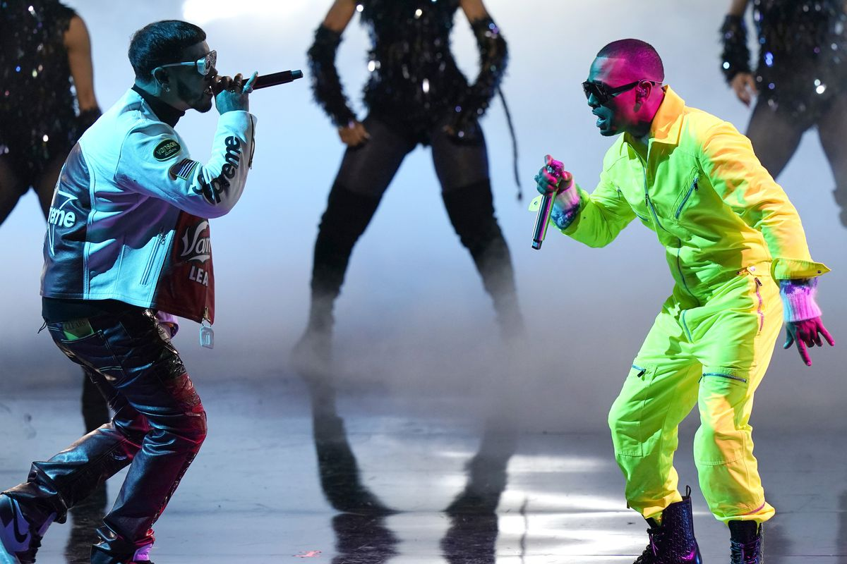 Anuel AA (left) and Ozuna perform at Premio Lo Nuestro at American Airlines Arena on Thursday night.