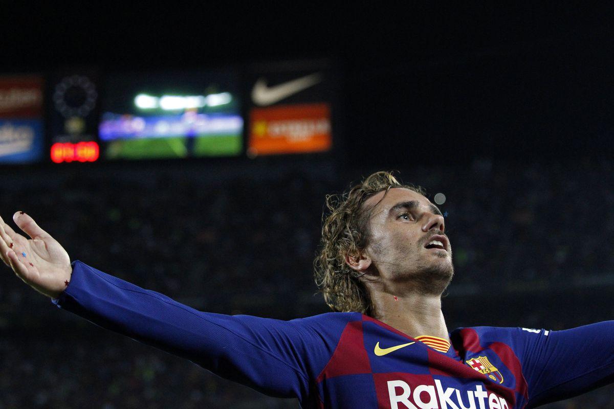 Lebron James Congratulates Antoine Griezmann After Barcelona