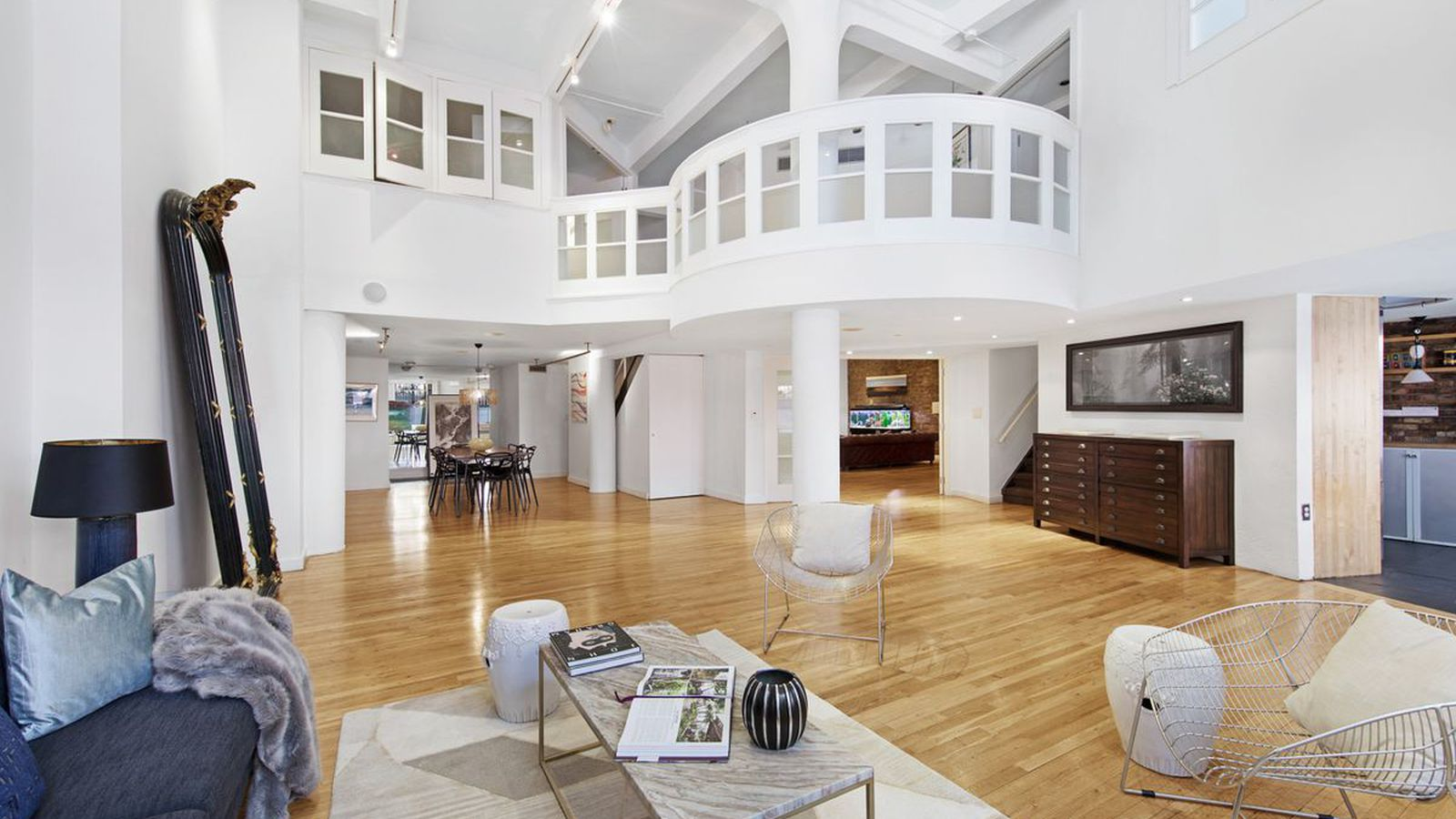 5 2m West Village Duplex Comes With Windowed Catwalk