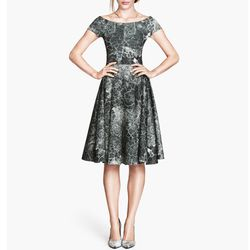 """<b>H&M</b> Patterned Dress, <a href=""""http://www.hm.com/us/product/19773?article=19773-A"""">$69.95</a>"""
