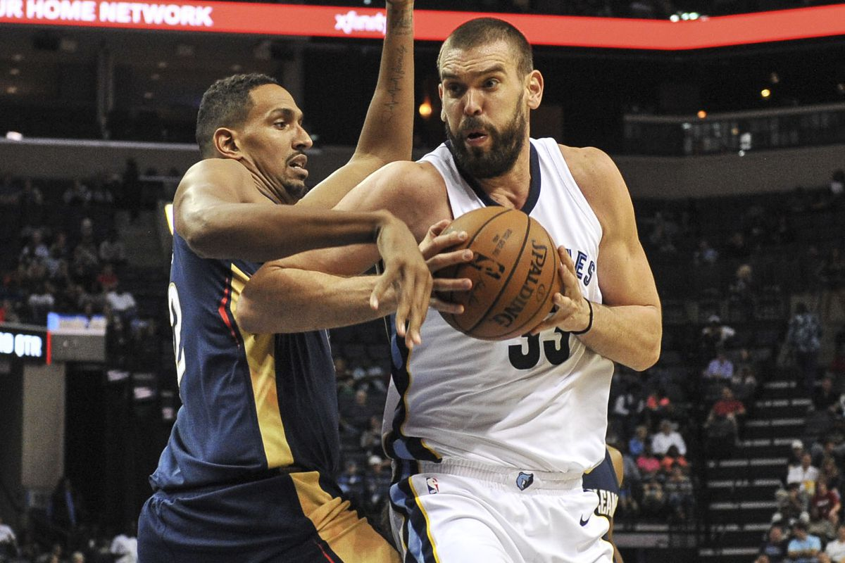 016c8a52a Memphis Grizzlies vs. New Orleans Pelicans Opening Night Game ...