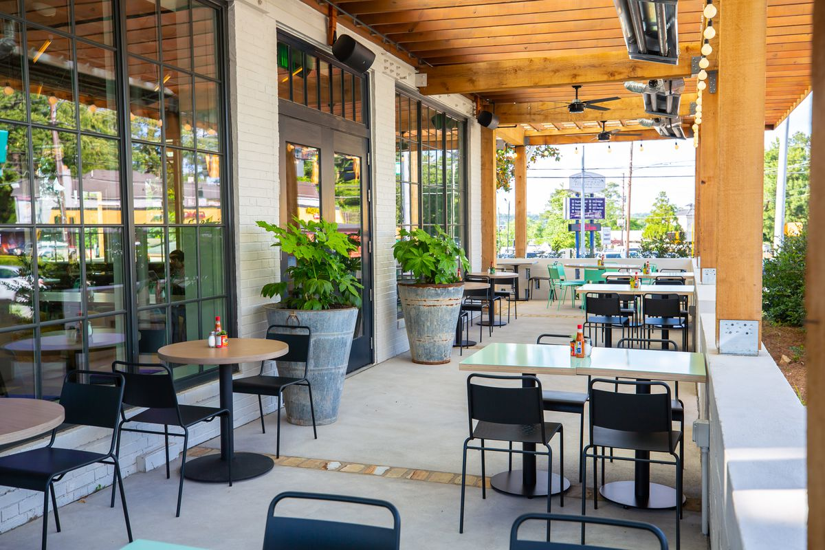 The patio at Little Rey in Piedmont Heights