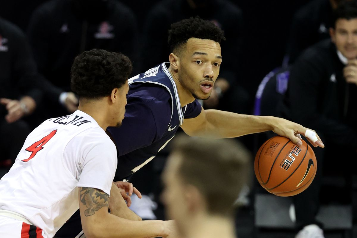 Utah State guard Marco Anthony is transferring to Utah, where he will join his former USU coach, Craig Smith, in Salt Lake City.