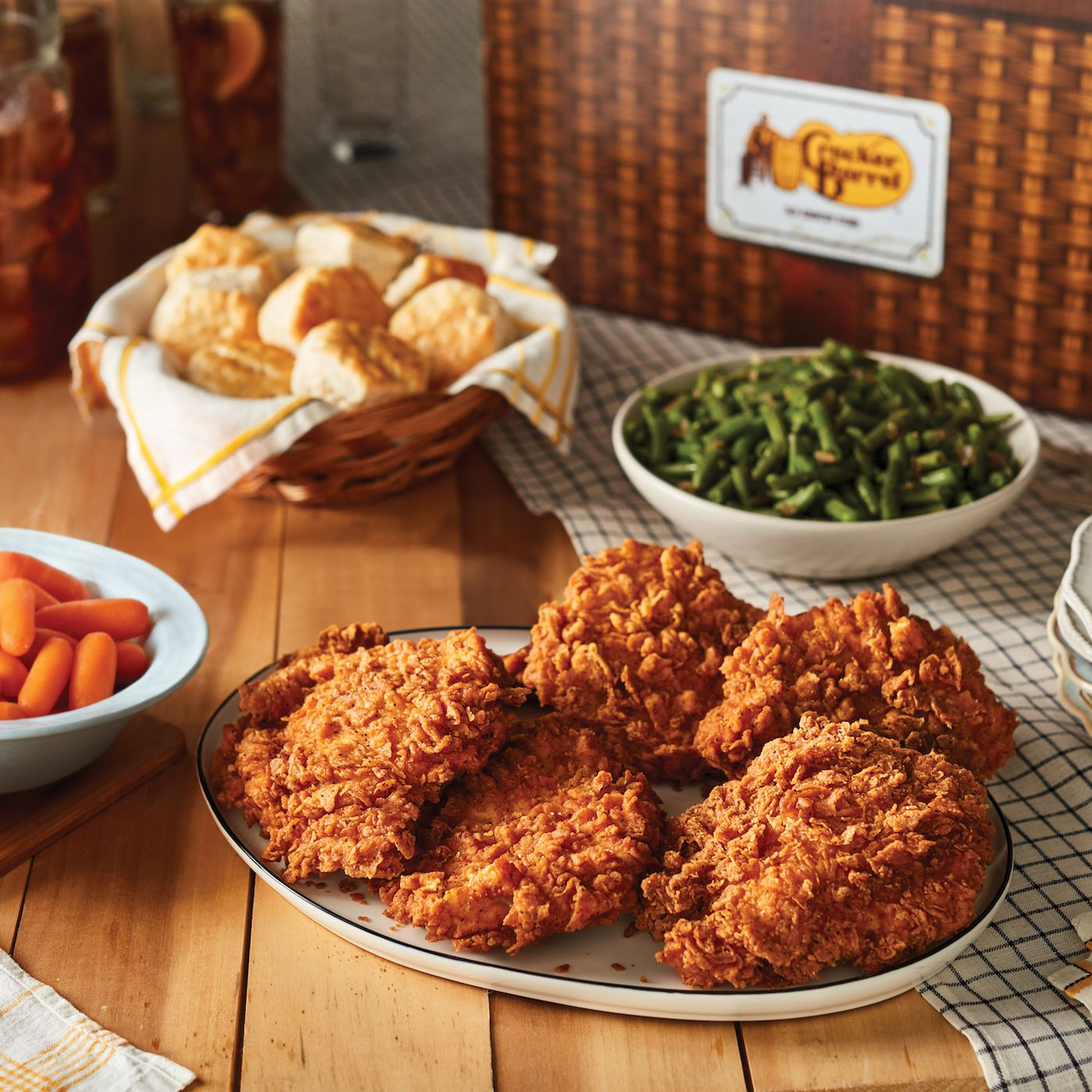 eater.com - Farley Elliott - Cracker Barrel's Comfort Food Is Now Officially Available in Los Angeles