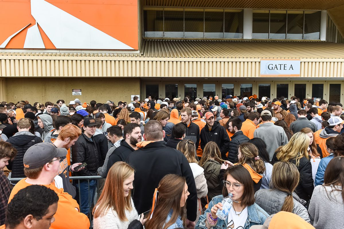 Tennessee Basketball: Vols rank near the top of attendance for 2018-19