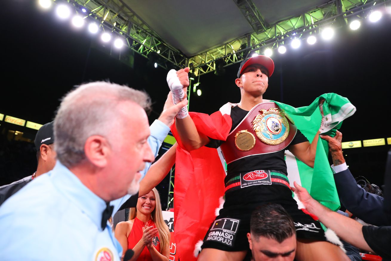1174738989.jpg.0 - Munguia-Johnson in the works for October 24th