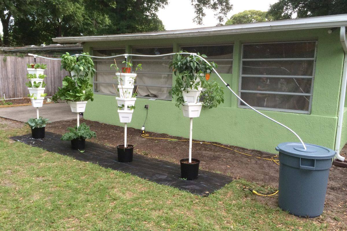 A drip system hydroponic garden installed at a Florida home