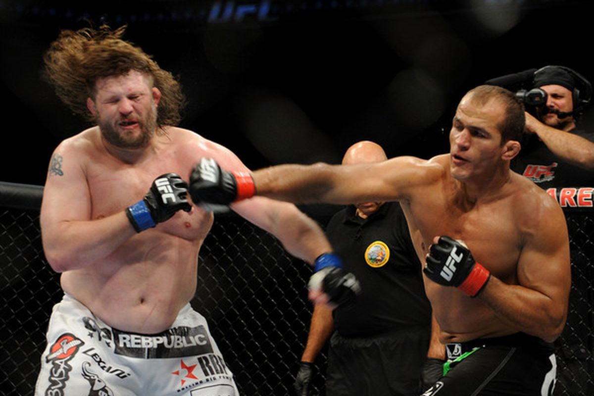 Ufc 146 betting odds fiesta bowl betting predictions against the spread