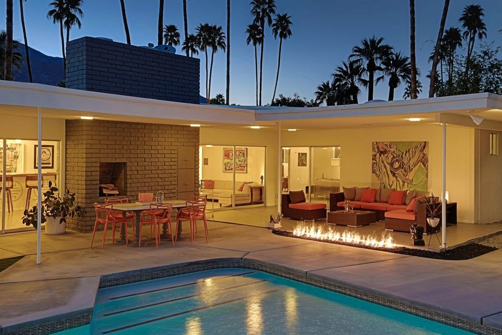 Swinging Palm Springs Midcentury With Pool And Outdoor
