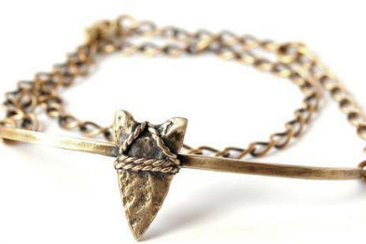 "A Bing Bang by Anna Sheffield <a href=""http://shop.bingbangnyc.com/collections/Bracelets/products/brave-arrow-wrap-chain-bracelet"">bracelet</a>"