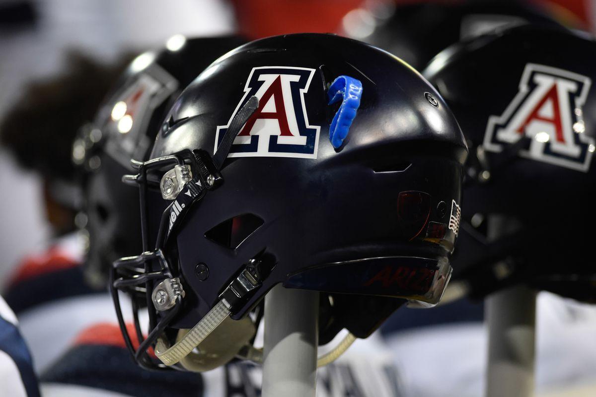 arizona-football-Wildcats-captains-mccauley-reid-berryhill-Harris-pandy-havrisik-2021-fisch