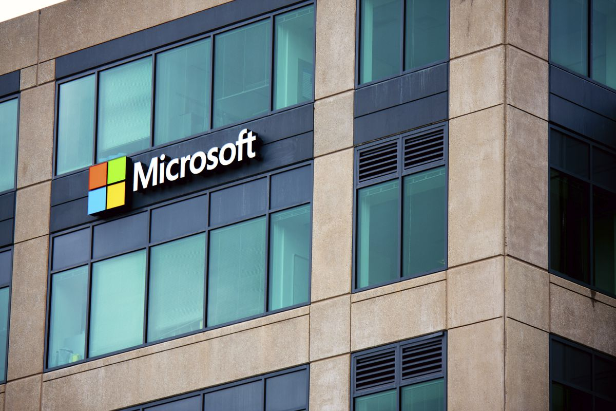Mustreads From Other Sites: Microsoft Layoffs, Comcast's