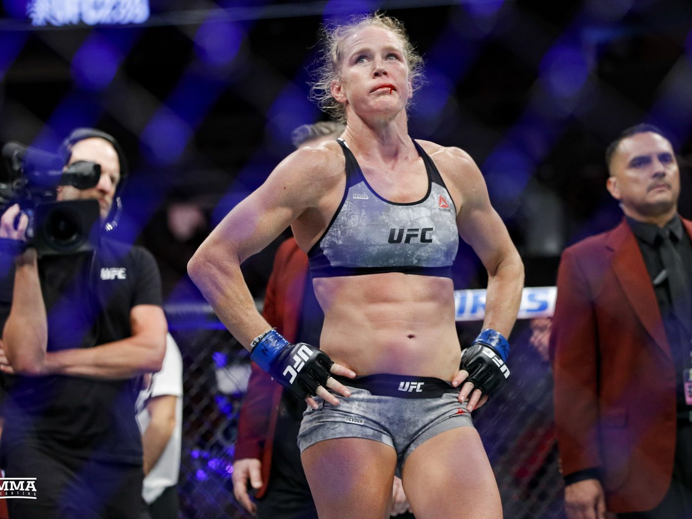 Mike Winkeljohn: Holly Holm 'exactly the opposite' from Ronda Rousey after suffering KO loss - MMA Fighting