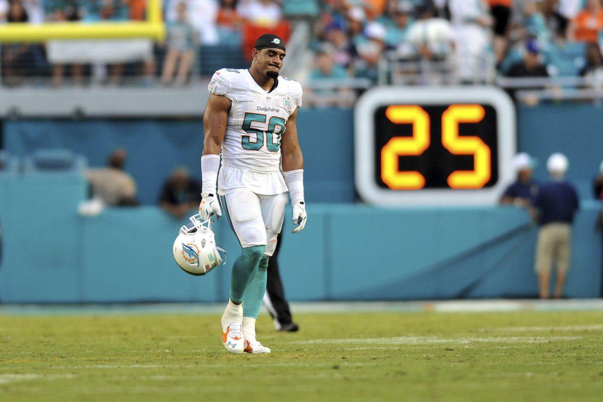 Dolphins DE Olivier Vernon will appeal fine for low hit on Marcus
