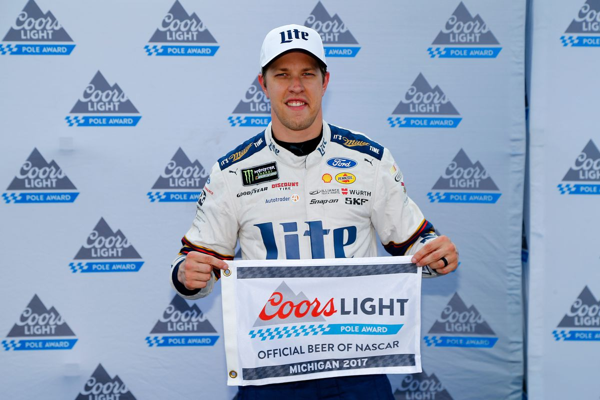 Keselowski wins pole for Pure Michigan 400