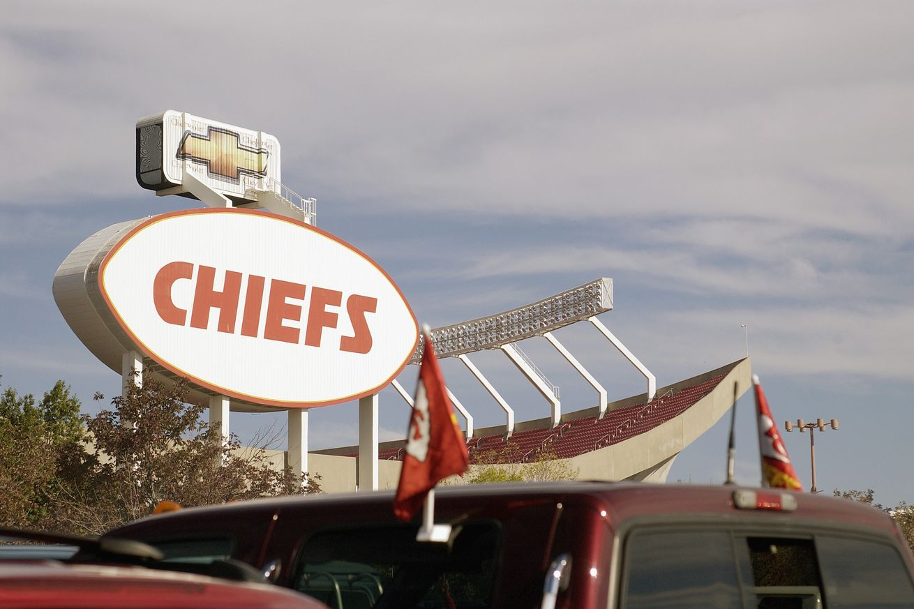 2629182.jpg.0 - Who has the better homefield advantage: Chiefs or Saints?