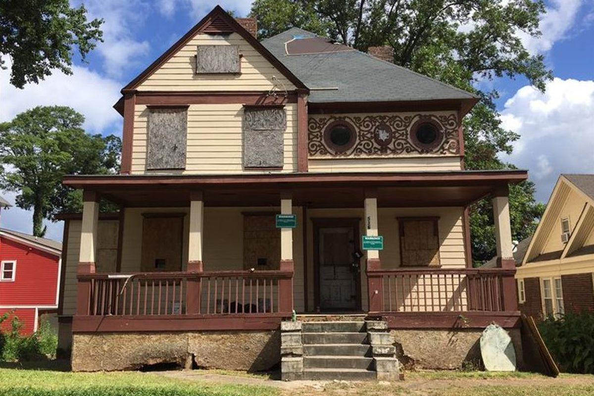 An derelict old Fourth Ward atlanta house for sale at $529,000.