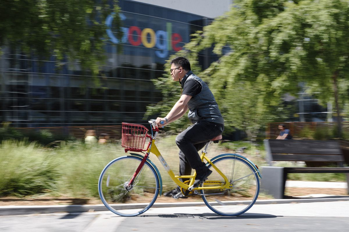 Google contractor pay compared with full-timers, according