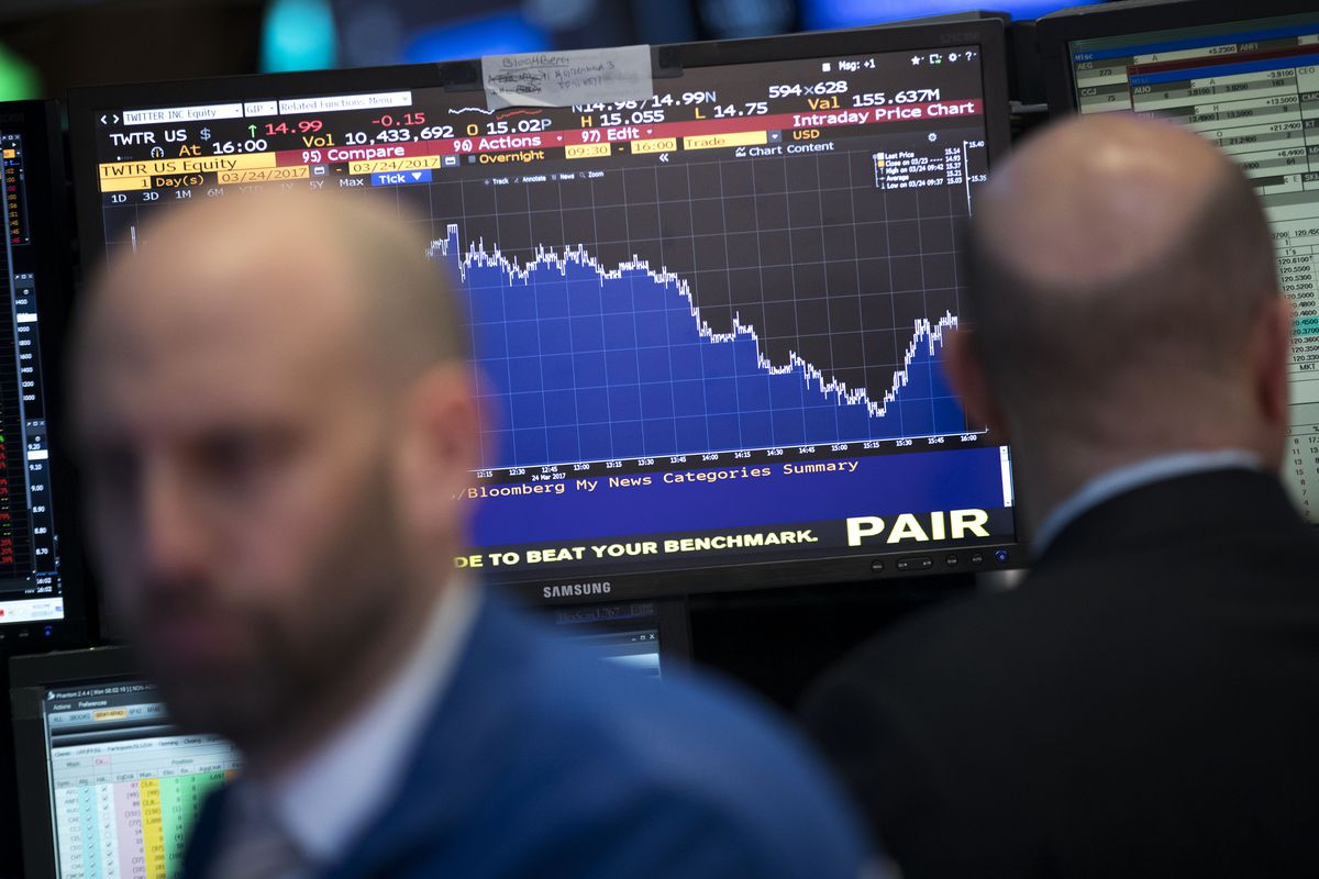Dow Marks Longest Losing Streak Since 2011 With 8 Days Of Declines